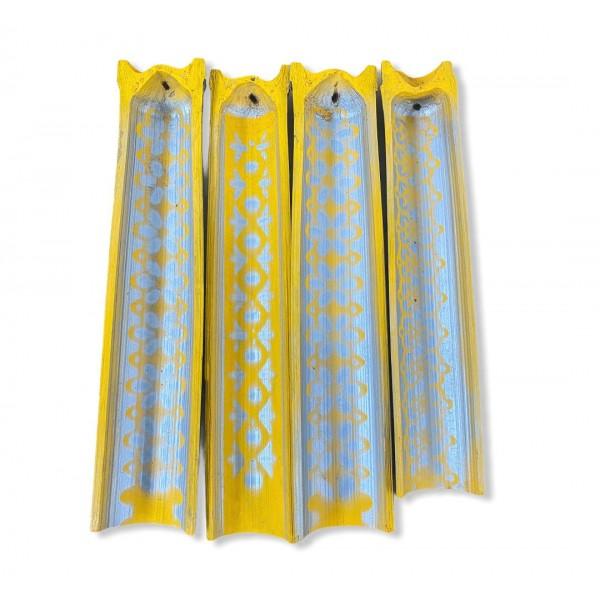 Incensario artesanal Canoa em Bambu pintado cor Amarelo com Prata 25cm